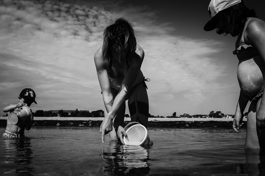 pêche au crabe en famille dans le Morbihan